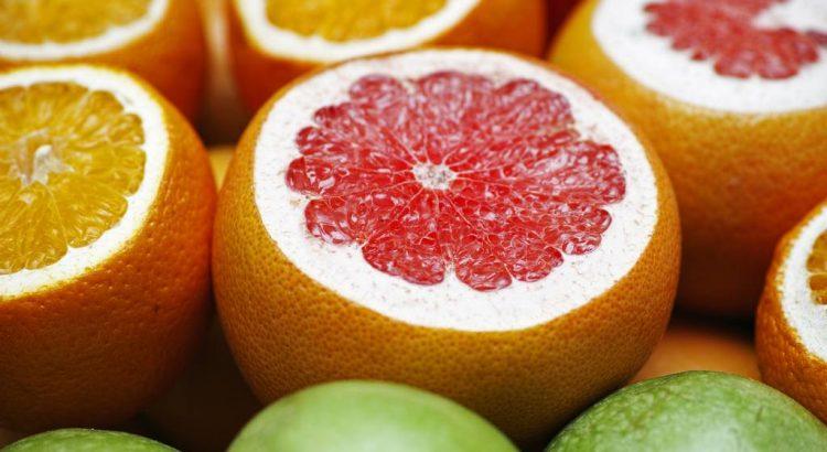 Orangen und Grapefruits