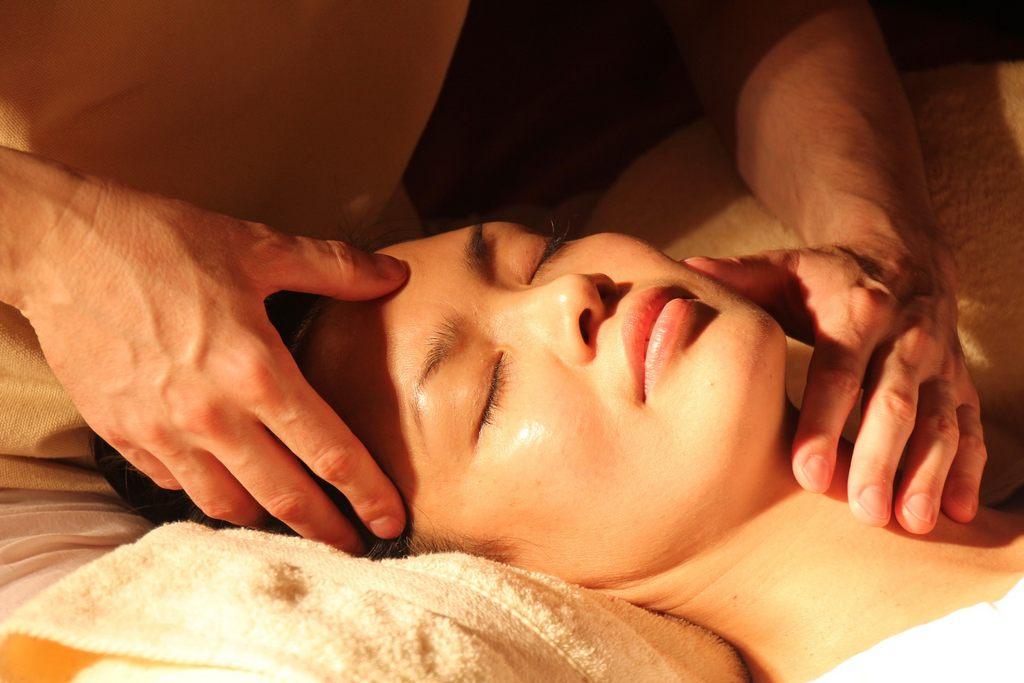 Akupressur Punkte Massage gegen Müdigkeit