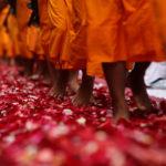 Zehn Gebote/Übungen im Buddhismus | Für Novizinnen & Novizen (nach Thich Nhat Hanh)