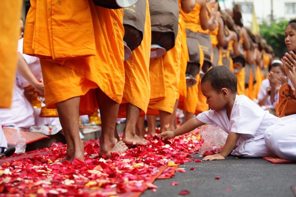 Gehmeditation Theravada Buddhismus