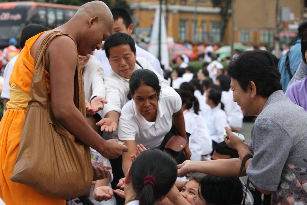 Spenden Mönch